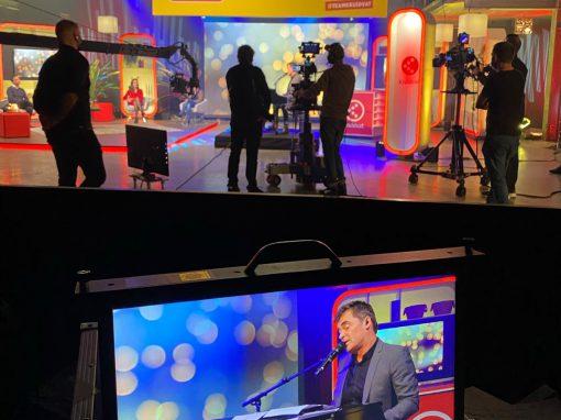 TV decor voor Live streaming – Een hart onder de riem